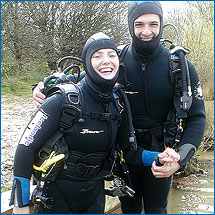 In2scuba Open Water Students having fun at Leybourne Lakes